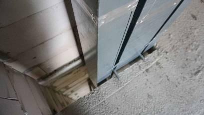 В секции 4.1 второй очереди комплекса «Башня» продолжается монтаж вентиляционных сетей