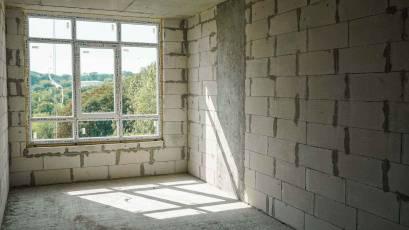 В першій секції першої черги виконується встановлення вікон