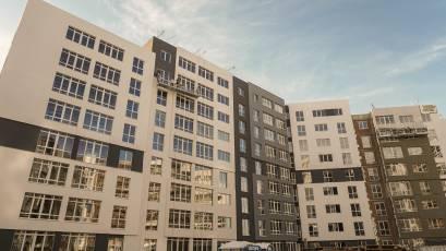 ЖК «Америка»: у будинку Д-1 завершуються фасадні роботи