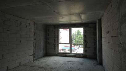 ЖК Оk'Land: у будинку №3 триває монтаж вікон
