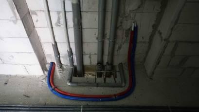 В другій секції третьої черги завершено влаштування системи водопостачання та водовідведення