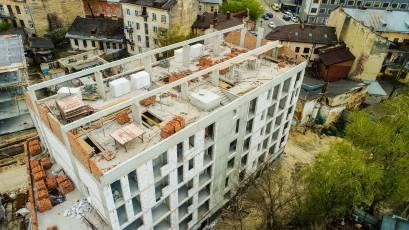ЖК «Містечко Підзамче»: в секції В-1 третьої черги комплексу «Новий Форт» триває підготовка до влаштування конструкцій даху