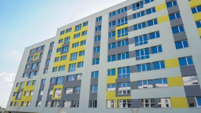 ЖК «Компаньйон»: у шостій секції першої черги завершено облаштування фасаду