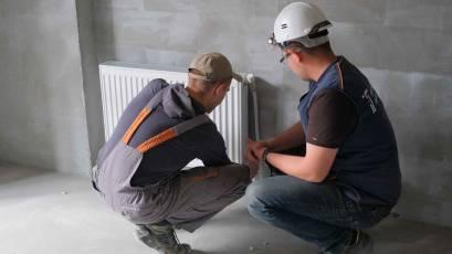 ЖК «Велика Британія» в першій секції будинку №1 сьомої черги виконується монтаж системи опалення