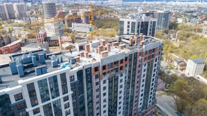 ЖК «Львівська Площа»: в другій черзі виконуються пусконалагоджувальні роботи ліфтів