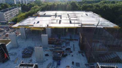 ЖК «Америка»: во второй секции дома К-1 выполняется плита перекрытия девятого этажа