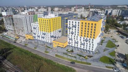 ЖК Riel City: в першій черзі виконується благоустрій прибудинкової території