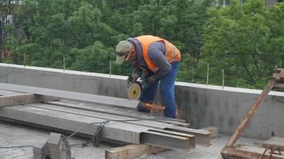 ЖК «Містечко Підзамче»: в секції Б-2 другої черги комплексу «Новий Форт» виконується влаштування металевих конструкцій даху