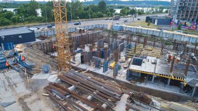 ЖК «Берег Дніпра»: виконали бетонування другої половини ростверку