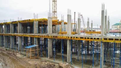 ЖК «Містечко Підзамче»: будівництво першої черги ЖК «Вежа» триває