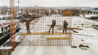 ЖК «Містечко Підзамче»: в секції Б-1 другої черги комплексу «Брама» триває влаштування вертикалу п'ятого поверху