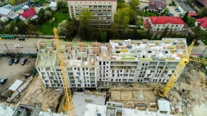 ЖК «Містечко Підзамче»: в секції Б-2 другої черги комплексу «Новий Форт» виконується мурування стін на усіх поверхах