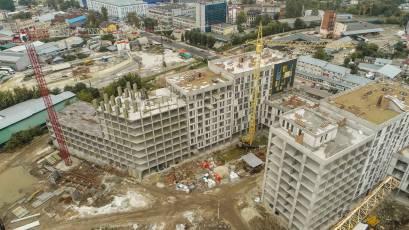 В секции А-1 первой очереди ЖК «Вежа» выполняется вертикал девятого этажа