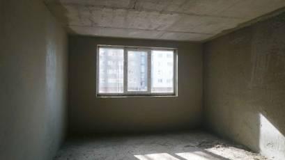 ЖК «Америка»: в первой секции дома В-1 выполняются штукатурные работы в квартирах