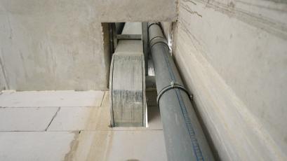 ЖБ Topolis: завершено монтаж вентиляції та каналізації