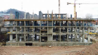 ЖК «Містечко Підзамче»: в секції Б-1 другої черги комплексу «Брама» триває влаштування вертикалу четвертого поверху