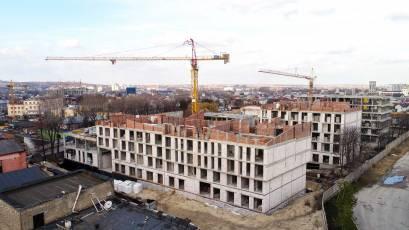 ЖК «Містечко Підзамче»: у секціях А-1, А-2, А-3, А-4 першої черги комплексу «Брама» завершується мурування внутрішніх і зовнішніх стін