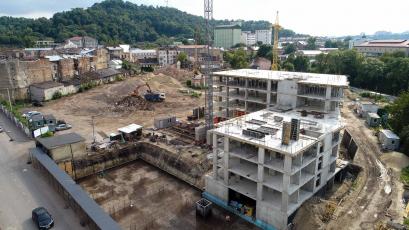 ЖК «Містечко Підзамче»: будівельні роботи тривають в усіх чергах