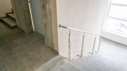 ЖК «Америка»: в доме Д-1 завершен монтаж лифтов