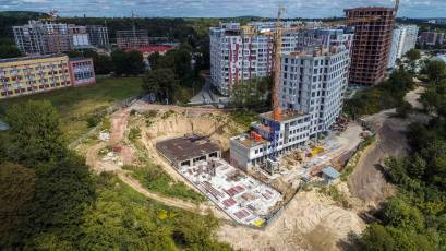 ЖК «Голоські Кручі»: будівництво обох черг активно триває