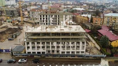 ЖК «Містечко Підзамче»: в секції А-3 першої черги комплексу «Новий Форт» завершено влаштування перекриття п'ятого поверху