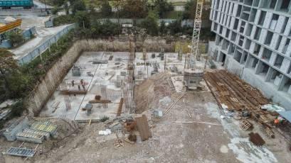 ЖК «Містечко Підзамче»: в секції В-6 третьої черги комплексу «Брама» майстри зводять стіни фундаменту