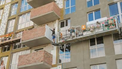 ЖК Riel Сity: у п'ятому будинку першої черги змонтовано усі вікна